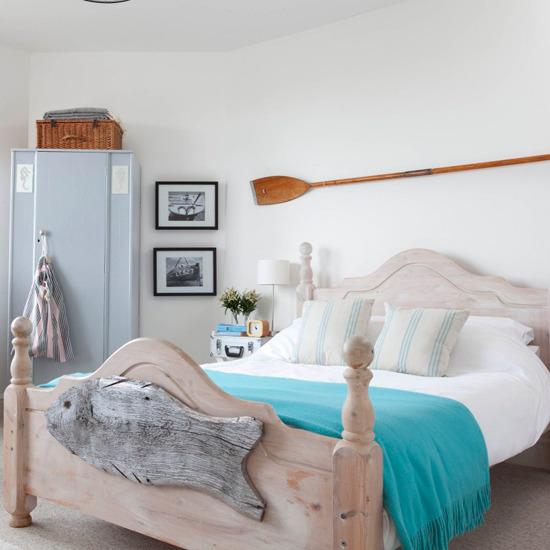 8-summer-bedroom-design-ideas-Coastal-bedroom