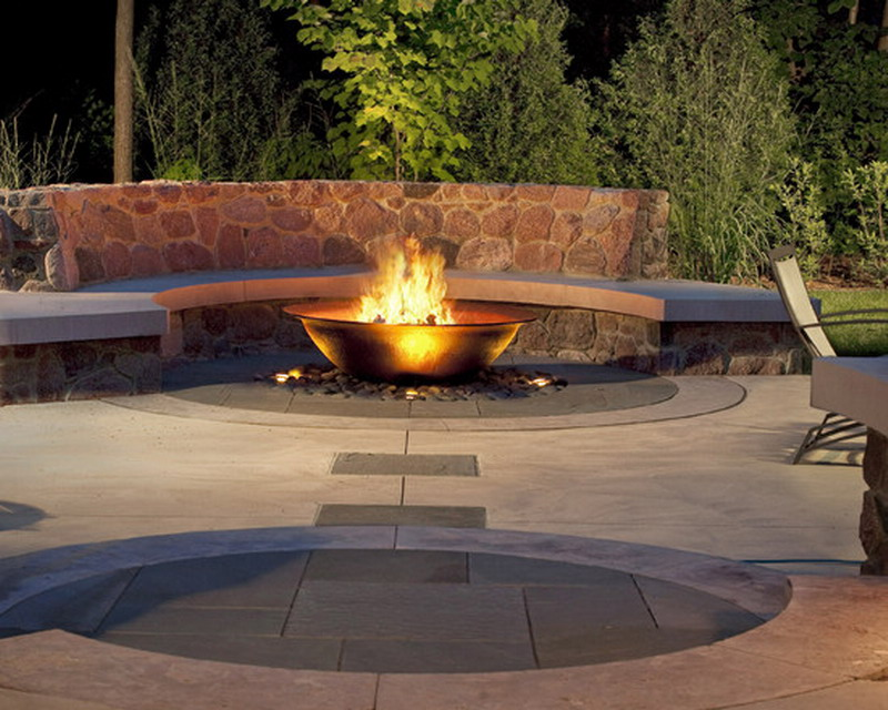 Amazing Outdoor Fire Pits