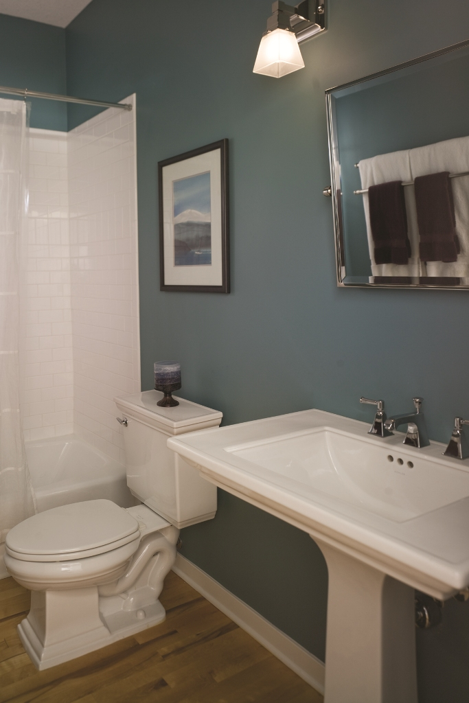 Master Bath Remodel Cost Free Average Cost To Remodel A Master Bathroom Exterior Home Painting