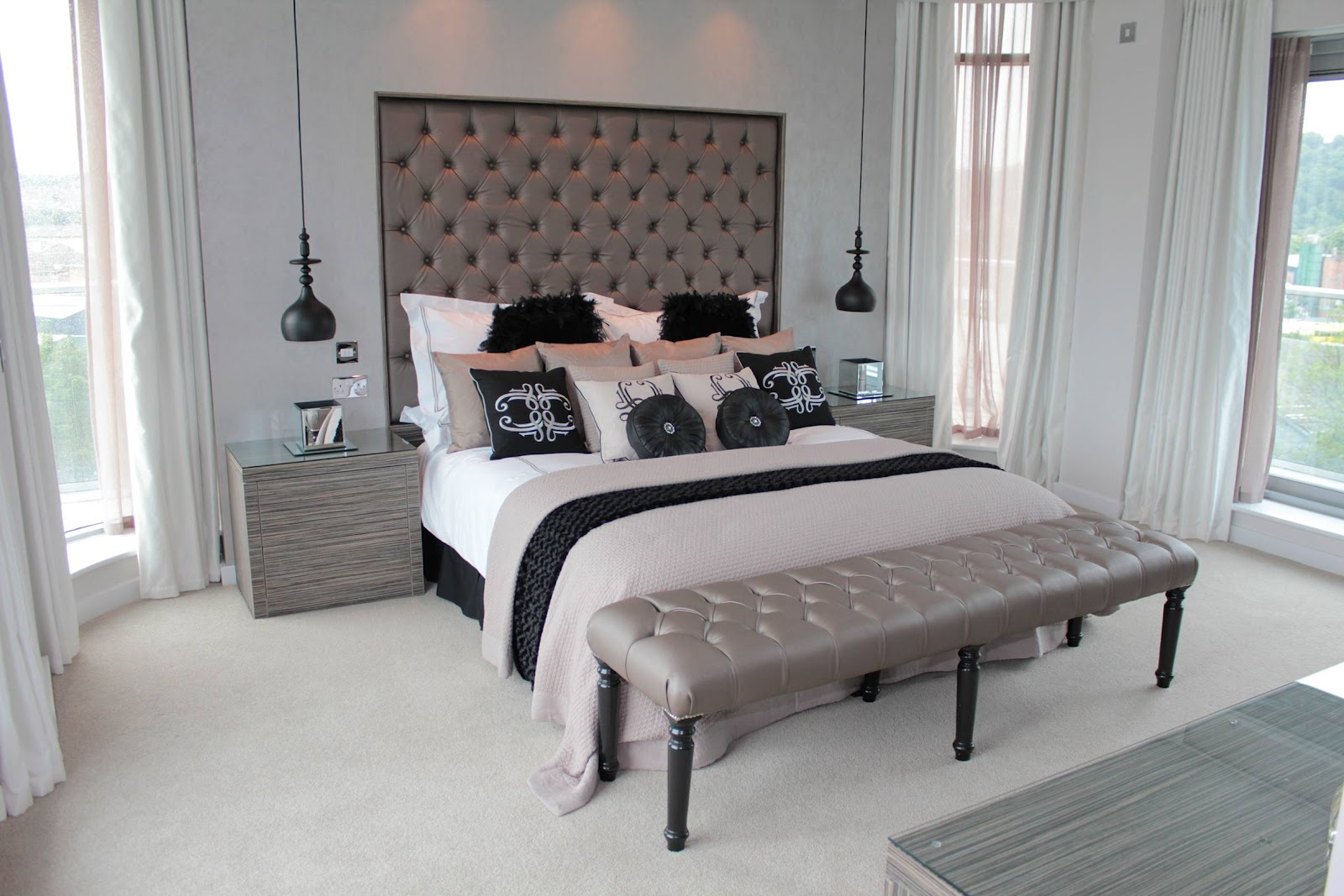 25 fantastic master bedroom collections for Celebrity bedroom ideas