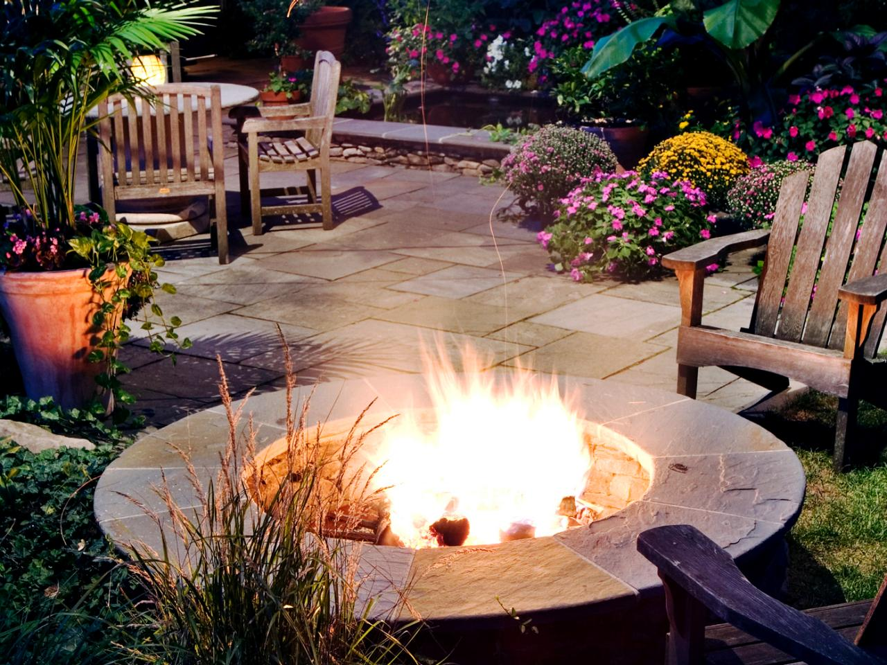 21 Amazing Outdoor Fire Pit Design Ideas on Simple Outdoor Fireplace Ideas id=70903