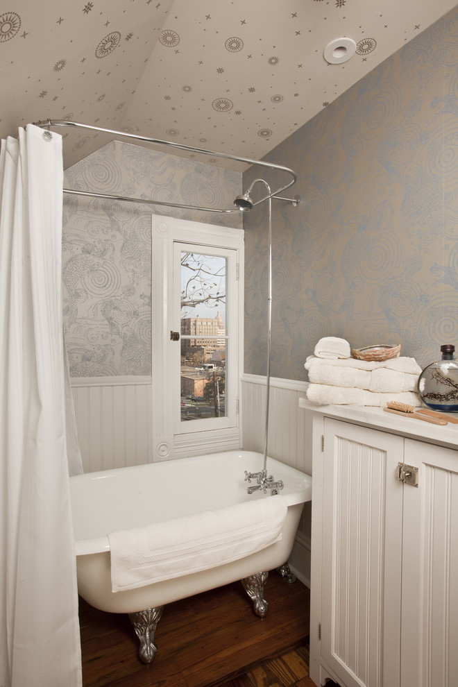 25 marvelous traditional bathroom designs for your inspiration for Small bathroom design cottage
