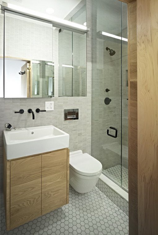Small Contemporary Bathroom With Luxury Glass Door