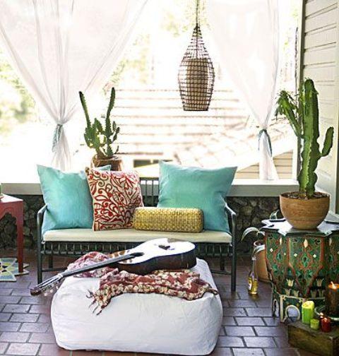 colorful-boho-chic-balcony-decor-ideas-1
