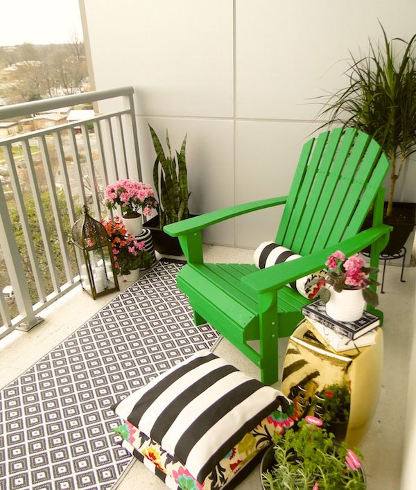 small-balcony-decorating-ideas