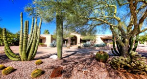 LuxuriousDesert Home In Paradise Valley, Arizona