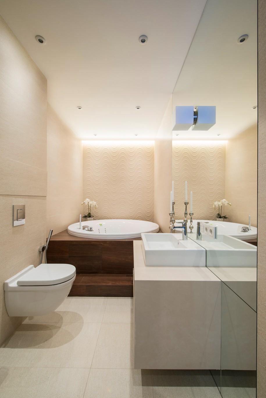 Amazing-Round-Drop-In-Tub-In-Luxury-Small-Bathroom-Design