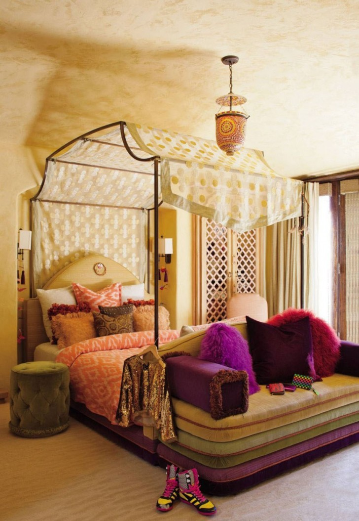 Canopy Bed Curtain With Polkadot Yellow Cutain