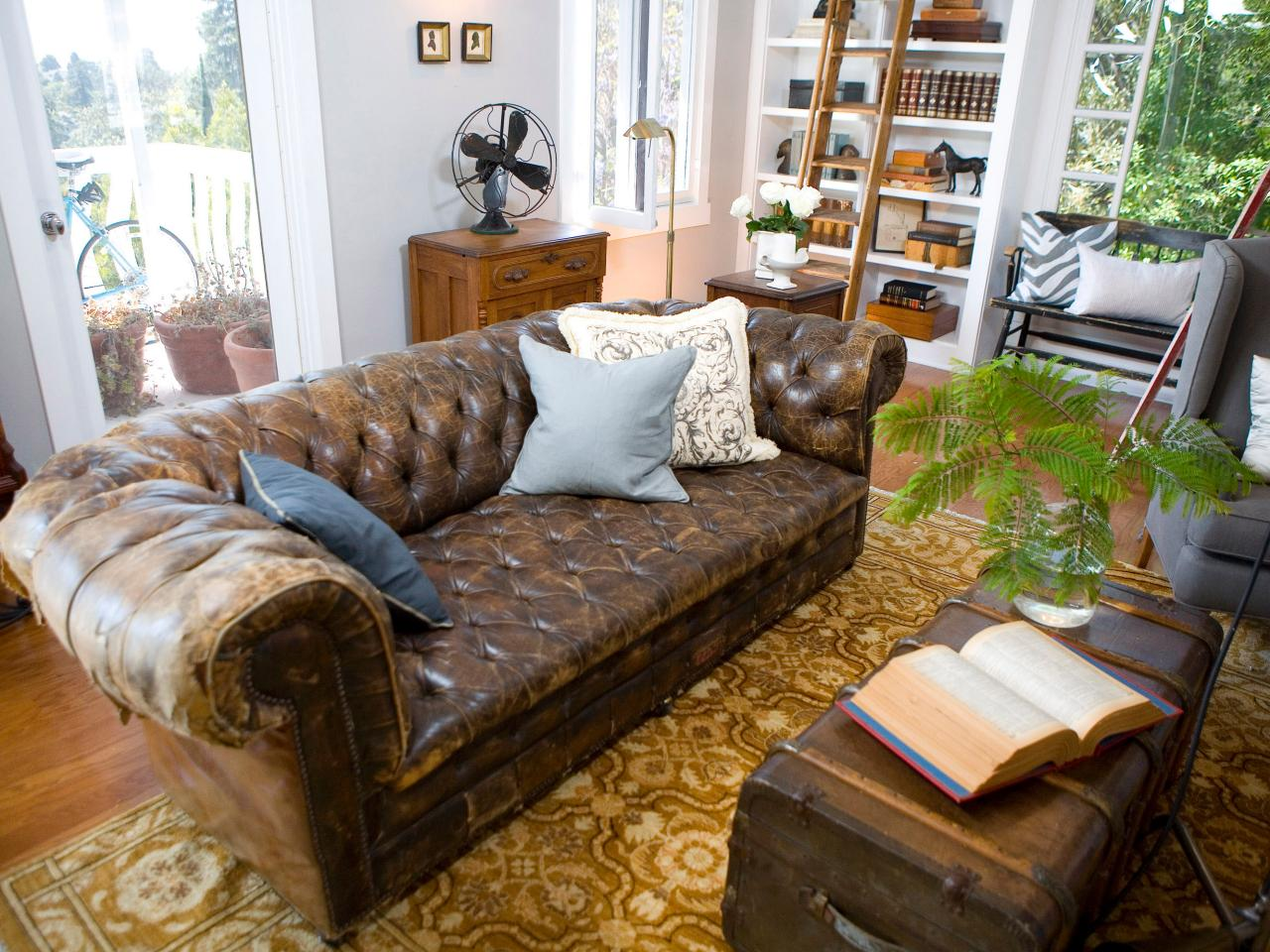 Living Room Leather Sofa Trunk Coffee Tables Part 87