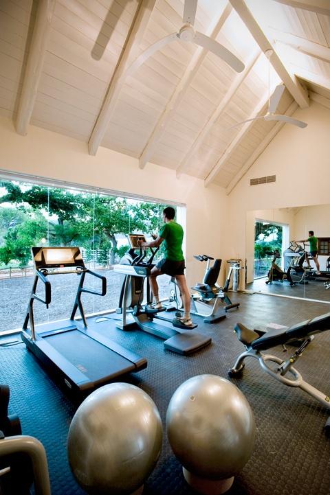 amazing-home-gym-designs-44
