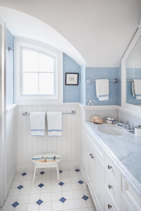 25 beach inspired bathroom design ideas for Pictures of beautiful small bathrooms