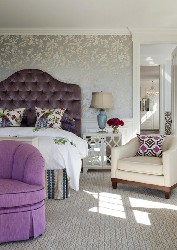 bedroom-inspiration-with-floral-luxurious-wallpaper