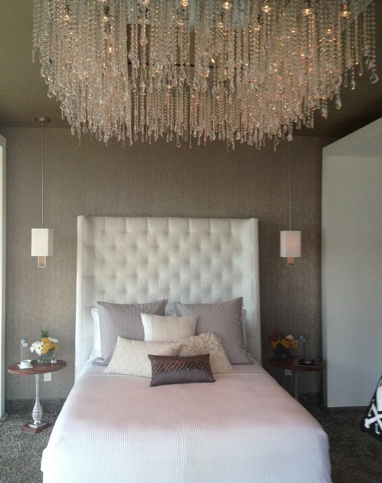 bedroom-interior-decoration-ideas-elegant-crystal-high-ceiling-lighting-in-modern-bedroom
