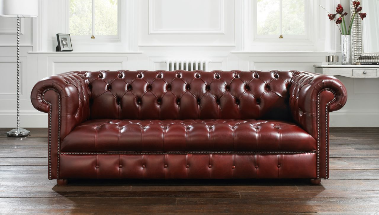 21 Living Room Tufted Leather Sofa Designs