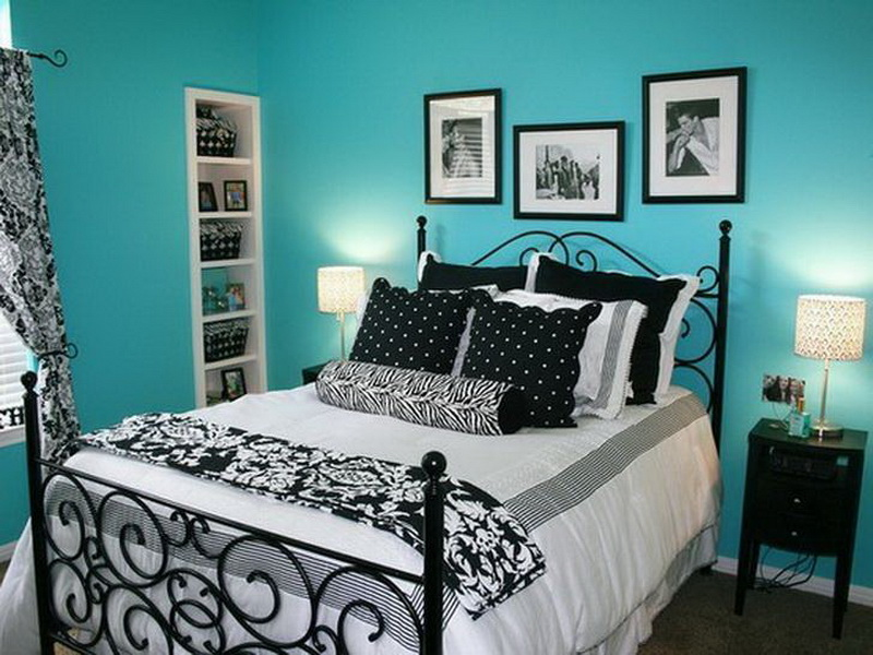 black-white-and-turquoise-room-aqua-blue-bedroom-walls-color-2016