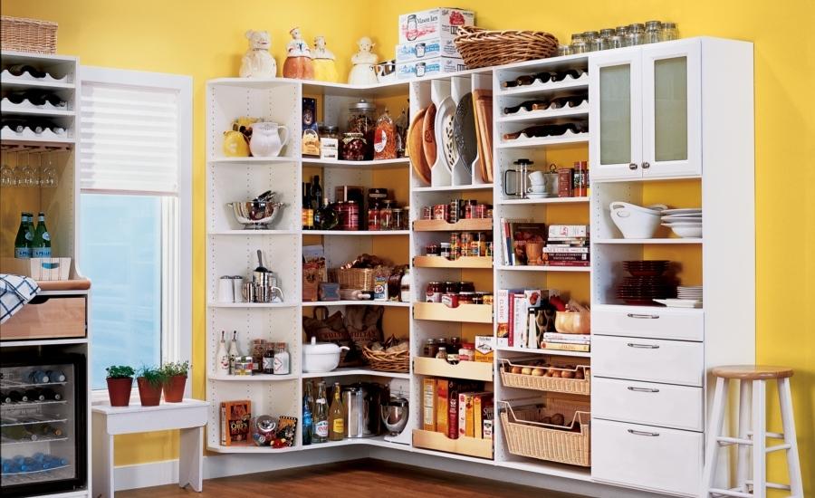 casual-pantry-kitchen-interior-decoration-white-wooden-kitchen-storage