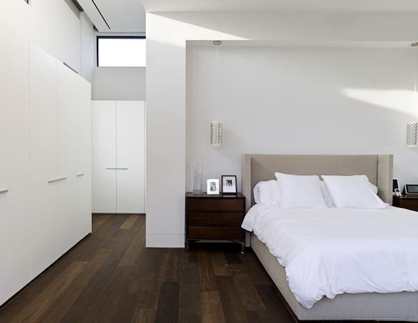 dark-wood-flooring-bedroom