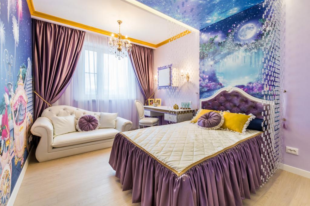 fabulous-bedroom-design-with-dark-gray-bed-sheet-plus-elegance-wallpaper