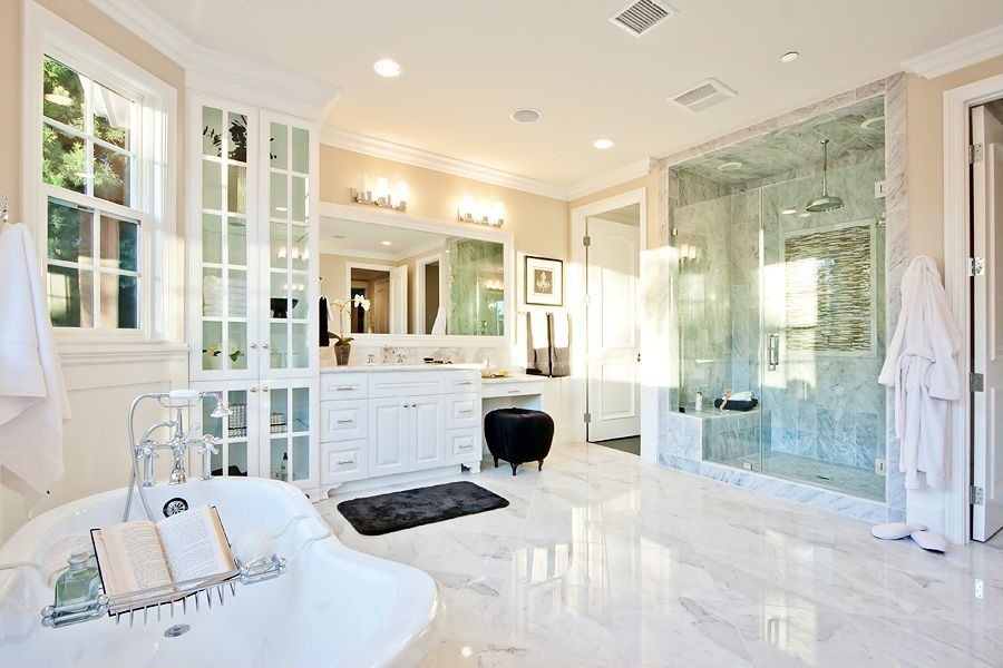 master-bathroom-makeup-vanity