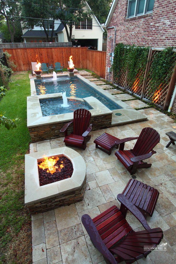 25 sober small pool ideas for your backyard for Narrow pools