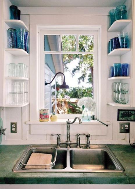 small-kitchens-storage-ideas-organizing-tips