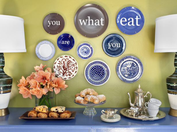 surprising-decorative-wall-plates-for-unique-room-ideas-wall-plates-decor