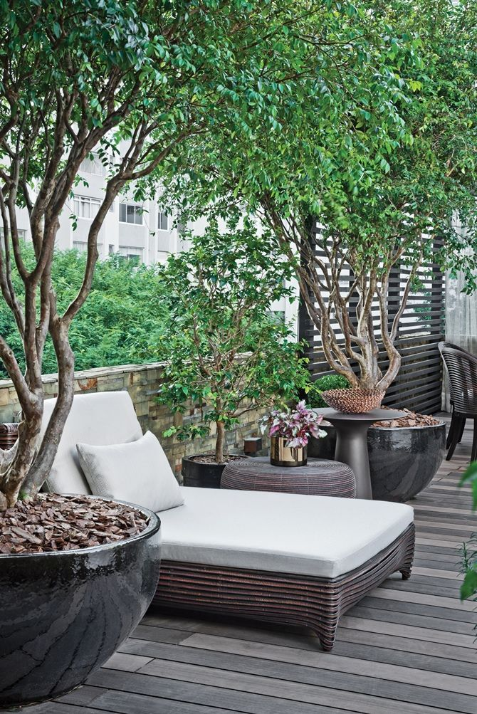 25 Beautiful Rooftop Garden Designs To Get Inspired. on Terraced House Backyard Ideas id=64432