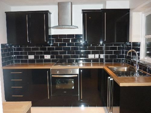 black tiles kitchen wall 18 black subway tiles in modern kitchen design ideas 4756