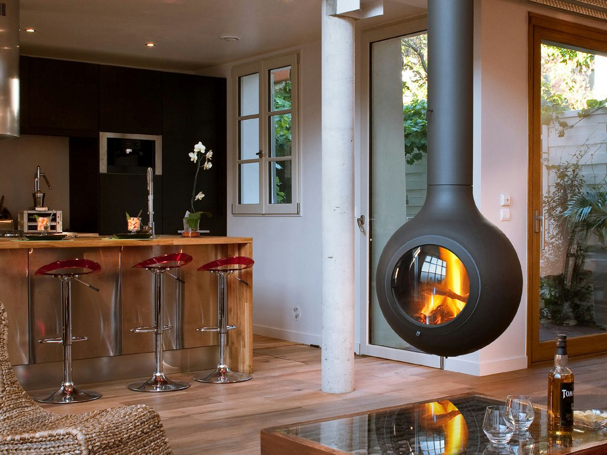 Central Suspended Compact Fireplace