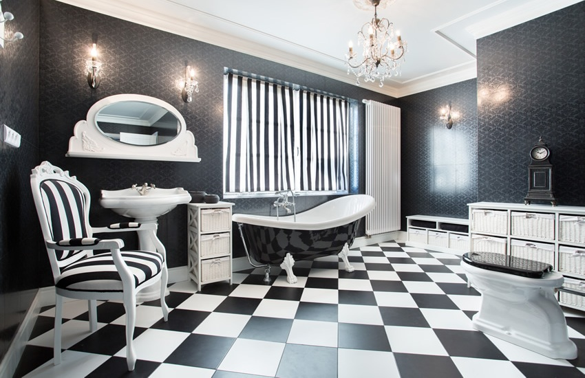 Checker Art Deco Style bathroom