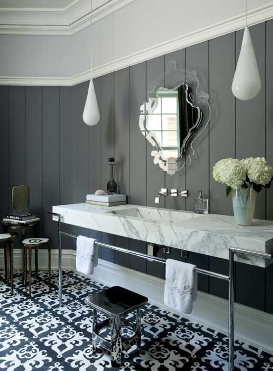 20 stunning art deco style bathroom design ideas for Classic floor designs