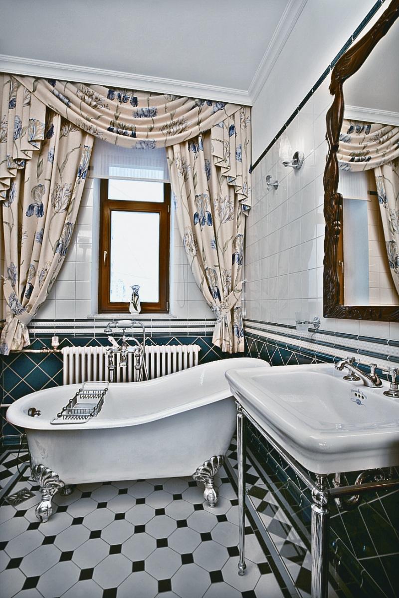 Classy Art Deco Bathroom