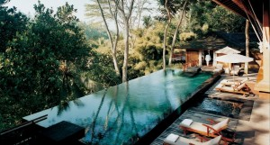 21 Stunning Infinity Pool Designs Will Leave You Speechless