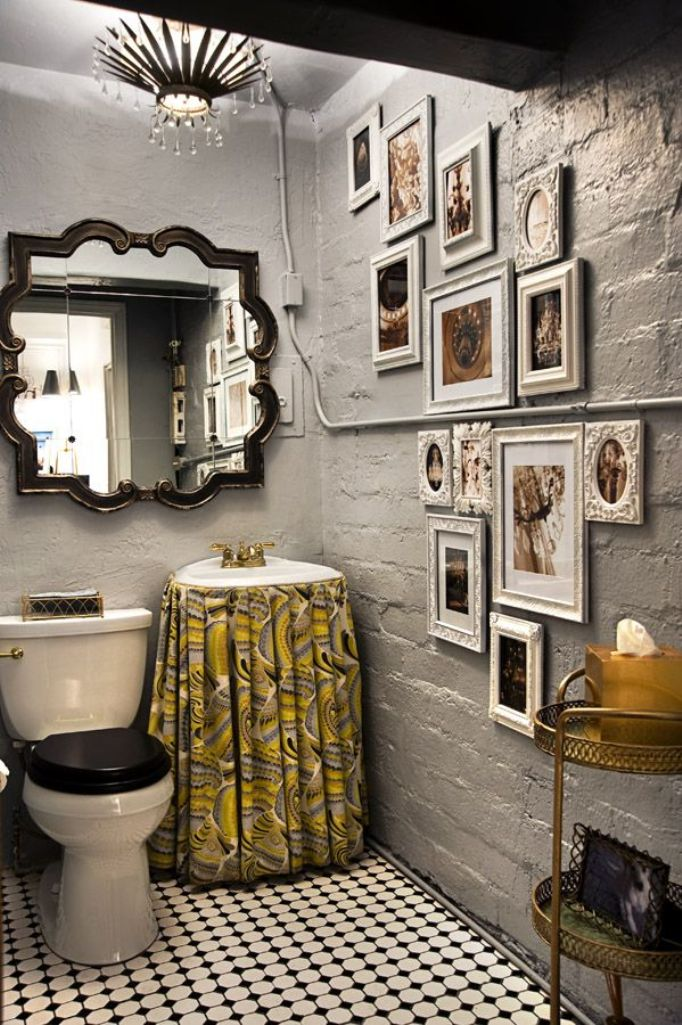 Eclectic Bathroom with Gallery Wall