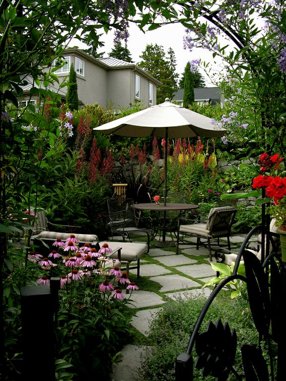 25 peaceful small garden landscape design ideas for Perfect garden design