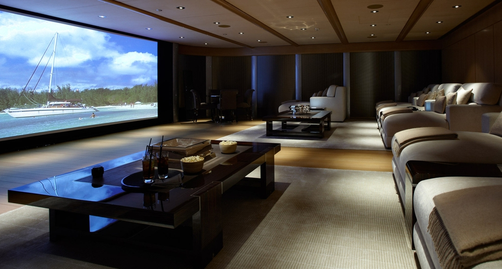 25 inspirational modern home movie theater design ideas for Luxury home theater rooms