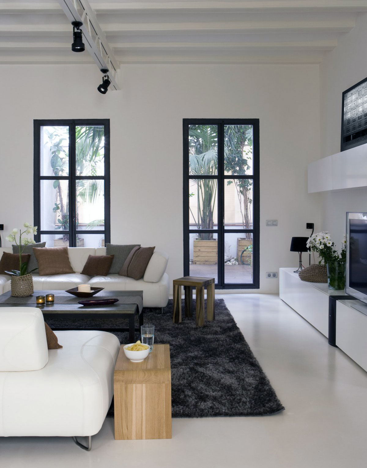 27 gorgeous modern living room designs for your inspiration for Modern minimalist living room