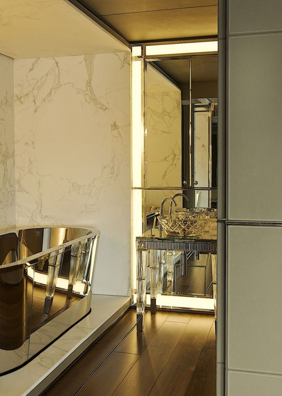 Modern Art Deco Golden Finish Bathroom