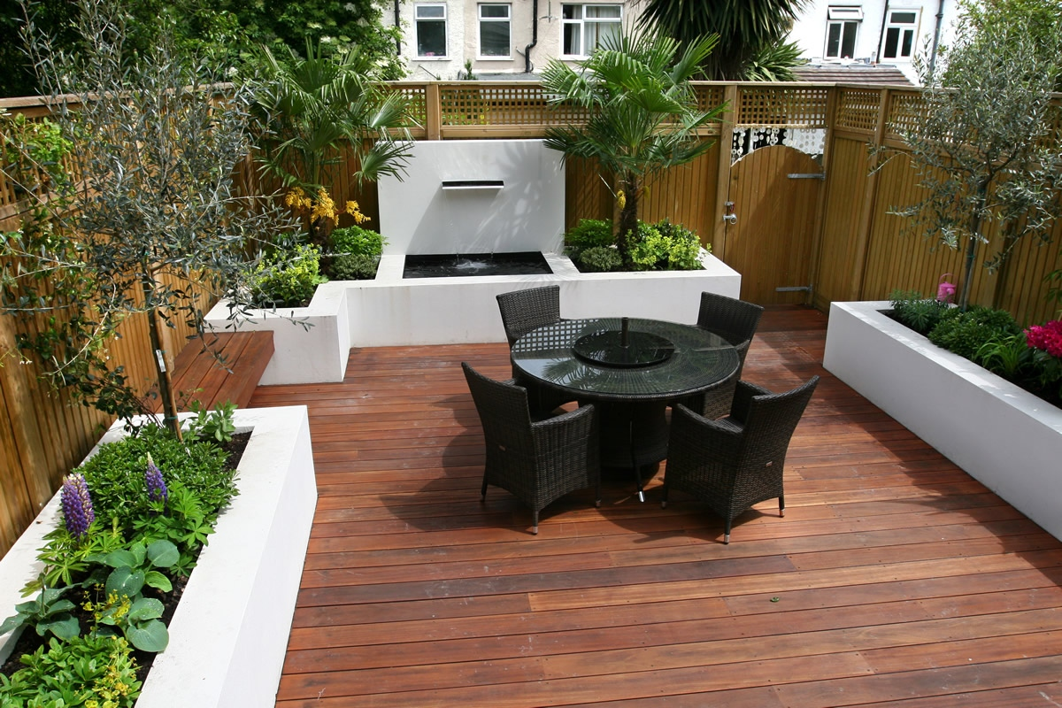 Small Backyard Design Ideas what a great little garden space adam christopher flower pots Small Modern Garden Decorating Design