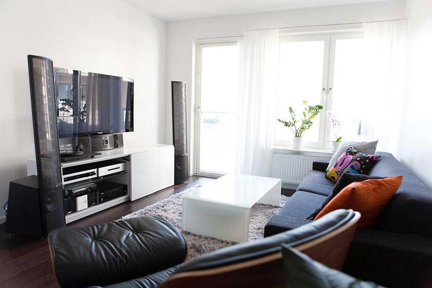 beautiful-white-grey-wood-glass-cool-design