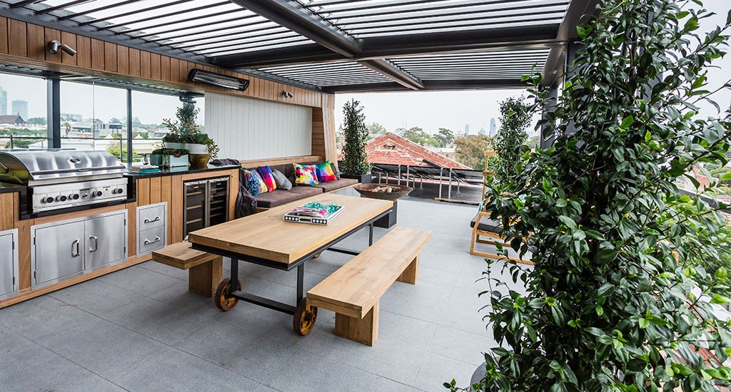 15 modern outdoor kitchen designs for summer relaxation. Black Bedroom Furniture Sets. Home Design Ideas