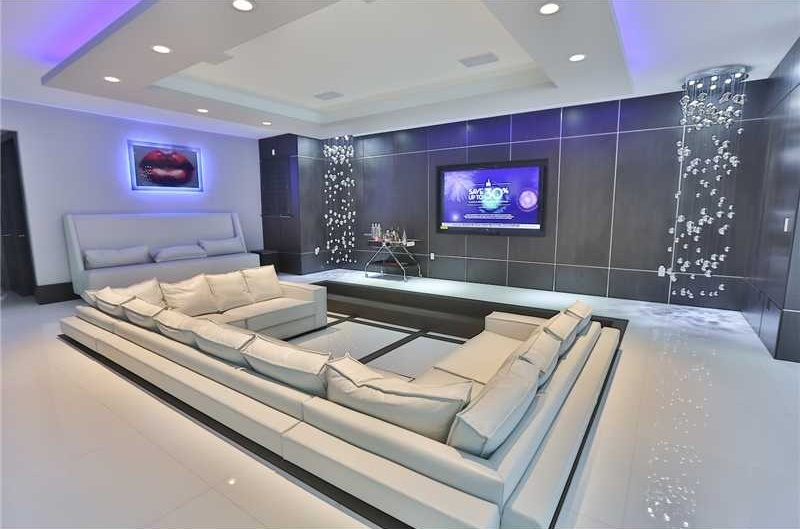 25 inspirational modern home movie theater design ideas for Modern theater room