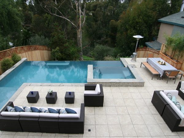 Contemporary-Swimming-Pool-Decorating-Idea