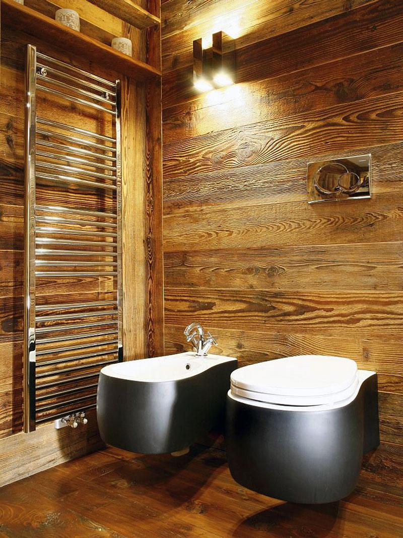 Fascinating Wooden Style Bathroom With Modern Bathroom Utilities