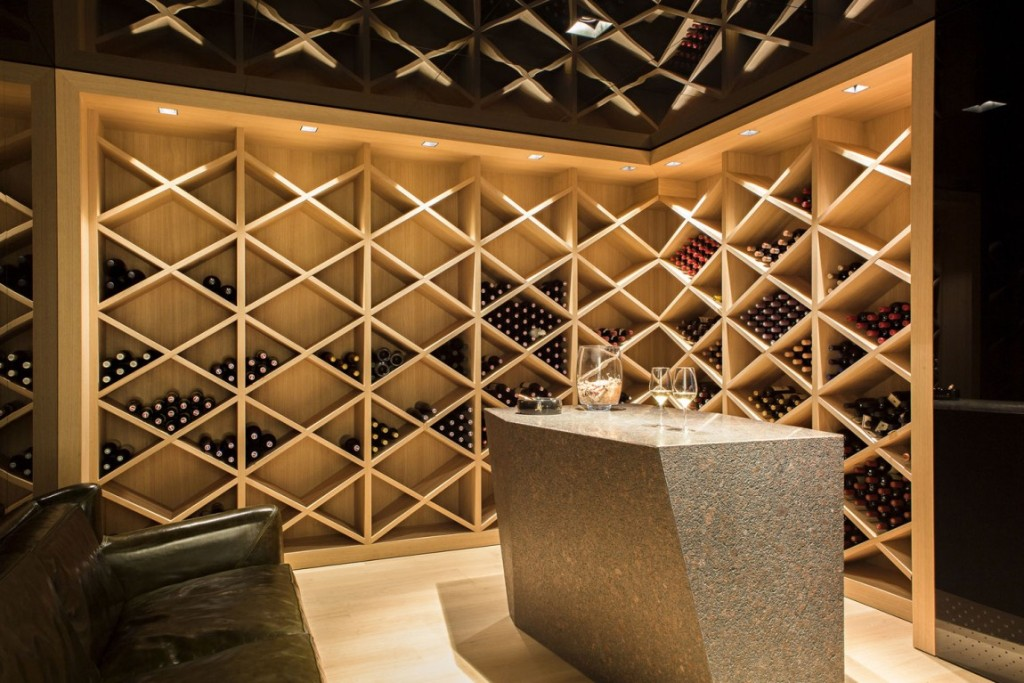 31 modern wine cellar design ideas to impress your guests for Wine cellar layout