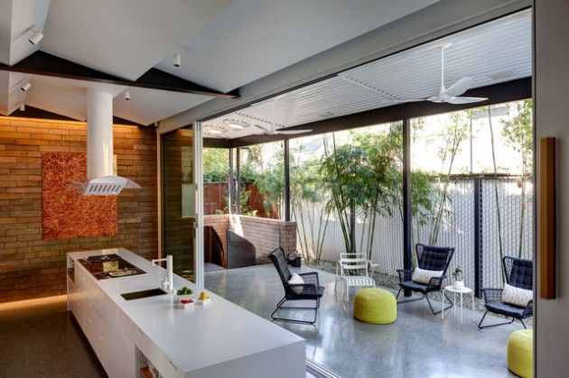 21 stunning midcentury patio designs for outdoor spaces for Modern patio designs pictures
