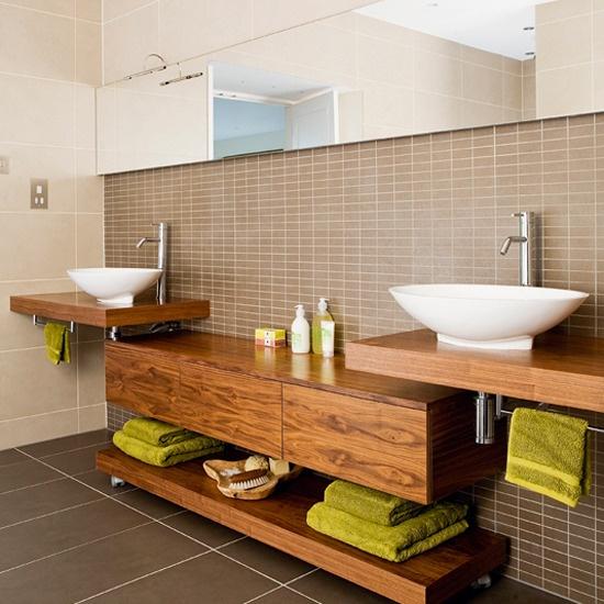 Stylish And Cozy Wooden Bathroom