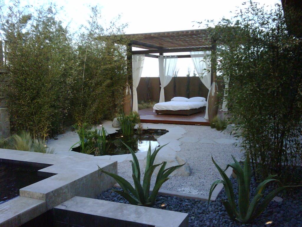 25 Serene Indoor Zen Garden For Meditation on Zen Patio Ideas id=15448