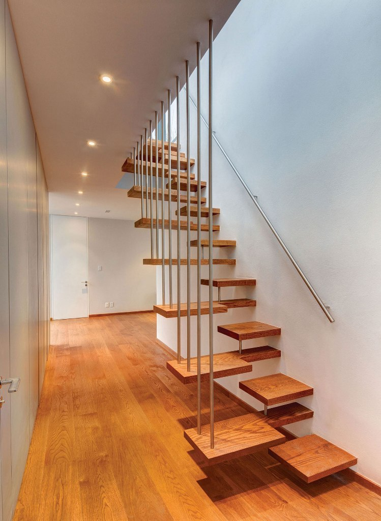 contemporary-wood-stair-railings-interior