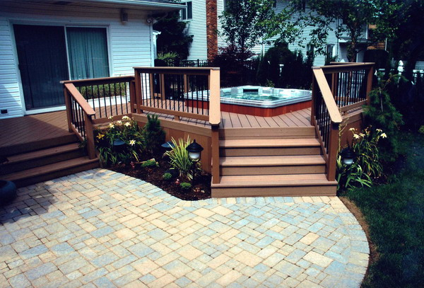 30 outstanding backyard patio deck ideas to bring a for Decks and patios design ideas